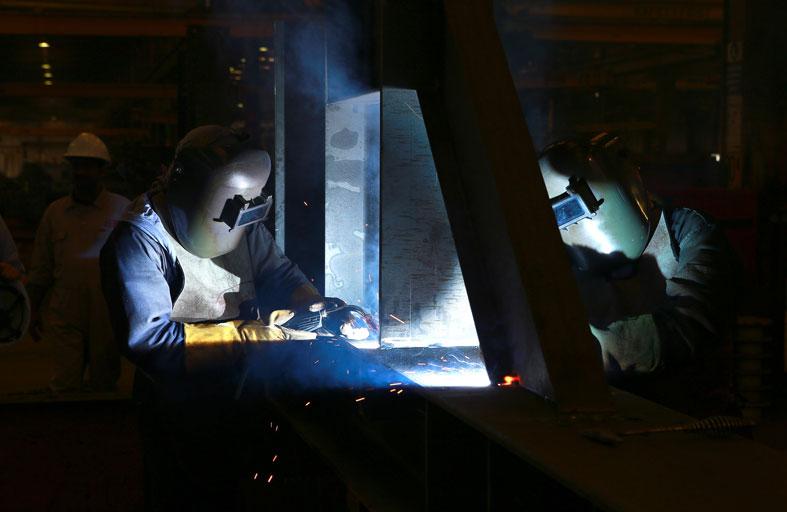 دبي للاستثمار ترفع قدراتها الإنتاجية في مواد البناء