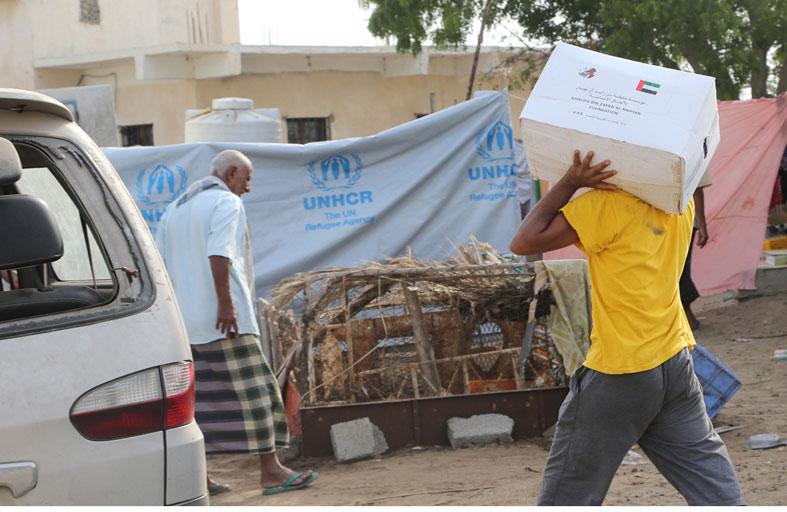 مدير مكتب الرئيس اليمني يشيد بدور الإمارات الإنساني لإعادة الأوضاع الى طبيعتها في عدن