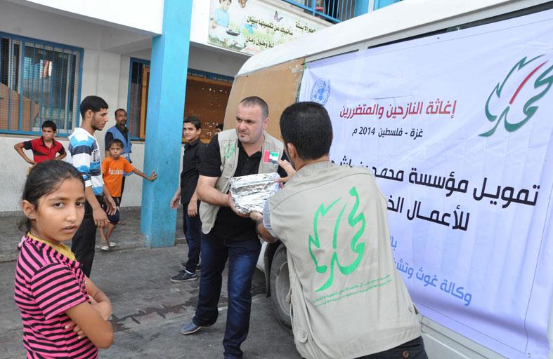 الأونروا تشيد بإغاثات محمد بن راشد الإنسانية لقطاع غزة