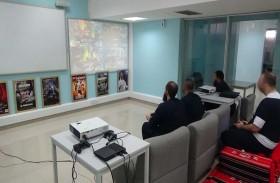 شرطة أبوظبي تنفذ برنامجا صيفيا لـ 131 نزيلاً بالمؤسسات العقابية