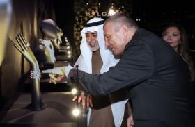 نهيان بن مبارك يفتتح معرض مجموعة جنة للشيخة فاطمة بنت هزاع