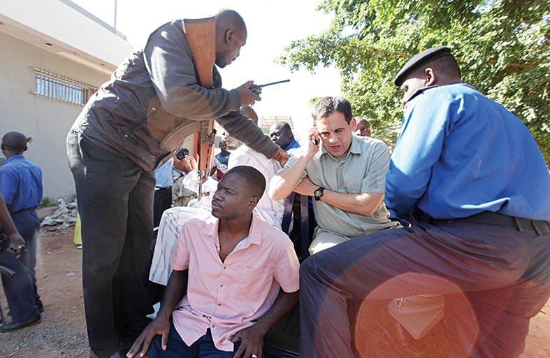 عشرات القتلى خلال تحرير مئات الرهائن بينهم أجانب بمالي