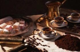 عادات الشعوب في تقديم القهوة
