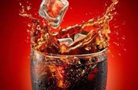 الكافيين في الكولا تفاقم الإسهال