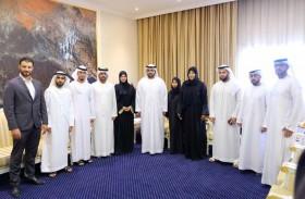ولي عهد الفجيرة يلتقي جمعية سواعد الإمارات التطوعية