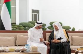 محمد بن زايد يستقبل رئيس مجلس الشورى السعودي