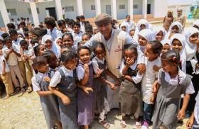 هيئة الهلال الأحمر الإماراتي تفتتح مدرسة زغفة بعد اعادة تأهيلها بمديرية الشحر باليمن
