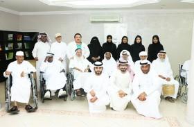 وفد من مؤسسة المواصلات العامة يزور دار رعاية المسنين في عجمان