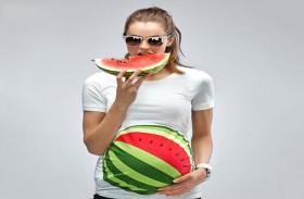 البطيخ الاحمر.. مثالي للمرأة الحامل