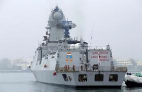 سفن الهند الحربية تبقى لفترة أطول بالخليج