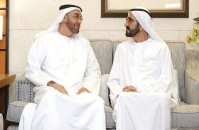 محمد بن راشد ومحمد بن زايد يبحثان القضايا الوطنية ذات الصلة بتوفير سبل الحياة الكريمة للمواطنين