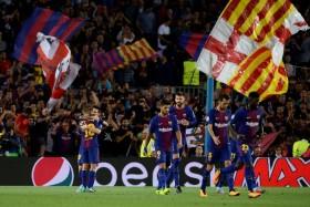 برشلونة يستقبل ملقة وريال لإرضاء جماهيره أمام ايبار