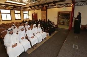 «محاكم دبي» تستقبل طلبة التدريب الصيفي
