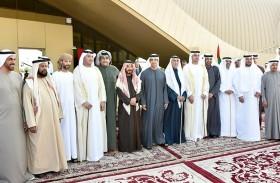 منصور بن زايد يشهد حفل زفاف نجلي محمد بن جوعان الظاهري