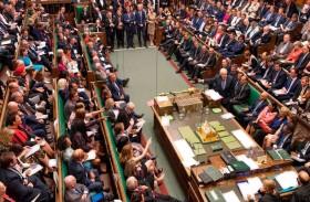 بريطانيا: الفارق يتقلص بين المحافظين والعمال...!