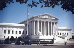 المحكمة الأميركية العليا ترفض نزع السرية عن تقرير برنامج التعذيب