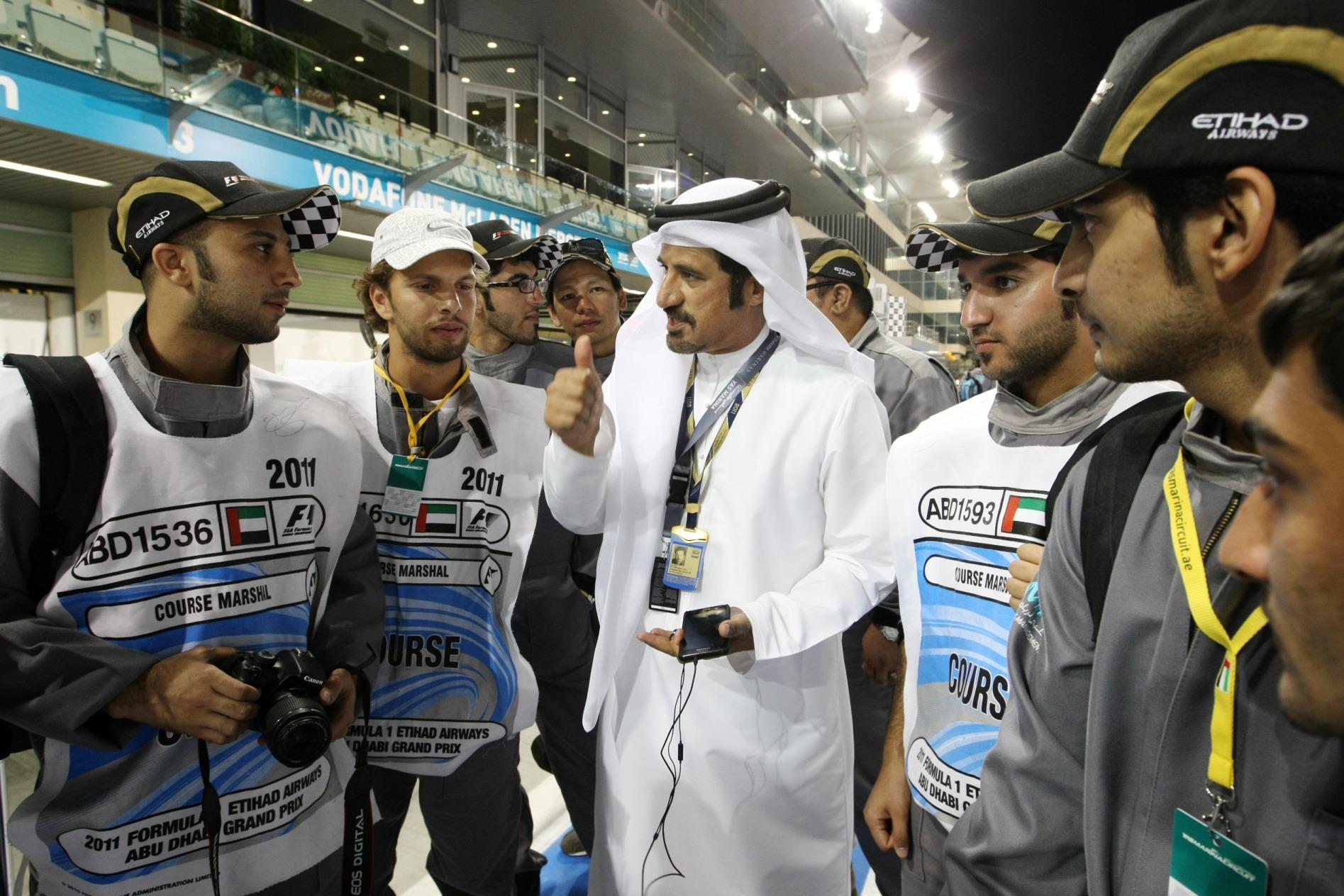 بن سليم: إنجاز الشاطري يسطر التقدم الكبير الذي حققته الإمارات في مجال تطوع رياضة السيارات