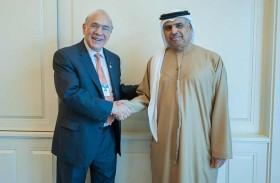 معالي عبيد حميد الطاير يلتقي مع الأمين العام لمنظمة التعاون الاقتصادي والتنمية