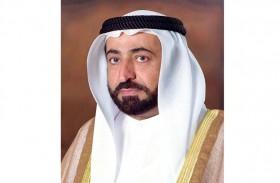 حاكم الشارقة يهنئ سلطان عمان بيوم النهضة