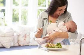 أعشاب وأطعمة تسرّع الشفاء بعد الولادة