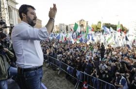 لمواجهة سالفيني، موجة من السردين تغزو إيطاليا...!