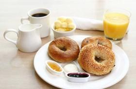 5 أخطاء تؤدي إلى  زيادة  الوزن في وجبة  الإفطار