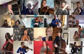 أوركسترا بحفل موسيقي افتراضي