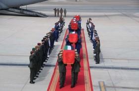 وصول جثامين شهداء الإمارات إلى أرض الوطن