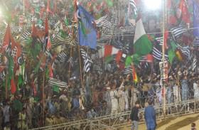 احتجاجات حاشدة في باكستان تطالب خان بالرحيل