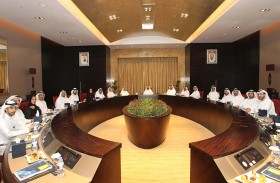 غرفة الشارقة تشدد على دعم القطاع الخاص بمبادرات وخدمات مبتكرة