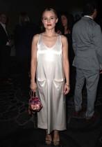 كريستين بيل خلال حضورها حفل جوائز جمعية النقاد التليفزيونية السنوية الرابعة والثلاثين في بيفرلي هيلز ، كاليفورنيا.  (ا ف ب)