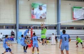 جامعة الإمارات تكرم طلابها الرياضيين