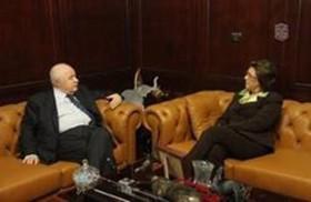 أبو غزالة يستقبل السفيرة التونسية في عمان