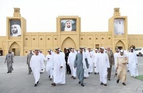 الأمين العام لوزارة شؤون الرئاسة يزور «مهرجان زايد التراثي 2017»
