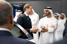 محمد بن زايد يقوم بجولة في معرض « آيدكس 2019 »
