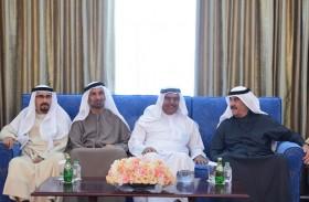 حاكم أم القيوين يستقبل المعزين بوفاة الشيخ محمد بن حميد عبدالرحمن الشامسى
