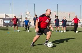 الأكاديمية الدولية لكرة القدم في دبي تنقل الخبرات العالمية إلى البراعم