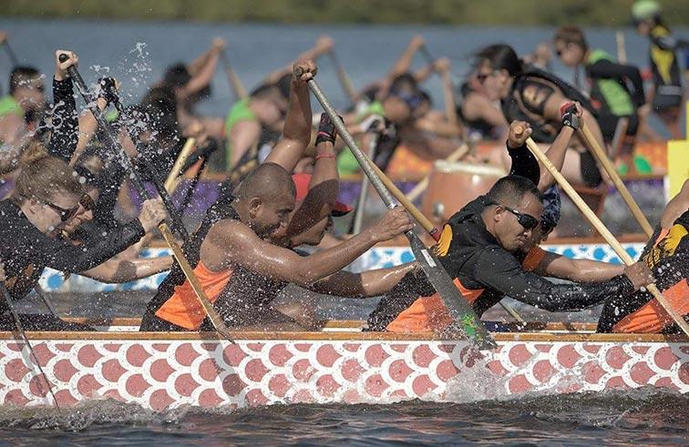 نادي رأس الخيمة الدولي للرياضات البحرية يحتضن  المهرجان الأول لسباق قوارب التنين المفتوحة «الدراجــون»