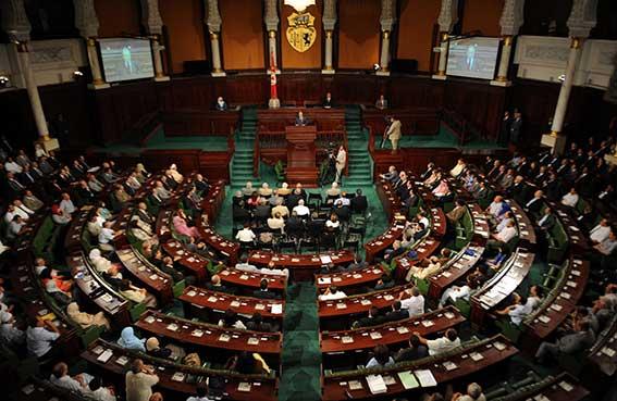إقبال ضعيف على التسجيل بانتخابات تونس