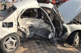 وفاة أب وابنه وإصابة ثلاثة في حادث مروري برأس الخيمة