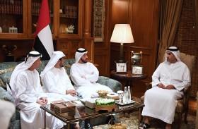 حمدان بن زايد يستقبل وفدا من لجنة إدارة وتسيير عمل جمعيات صيادي الأسماك بإمارة أبوظبي