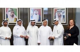 «طرق دبي» تحصد 6 جوائز شرق أوسطية في مجال مراكز الاتصال