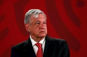 رئيس المكسيك يحث الناس على البقاء في منازلهم
