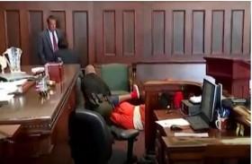 ينتقمان من قاتل أمهما داخل المحكمة