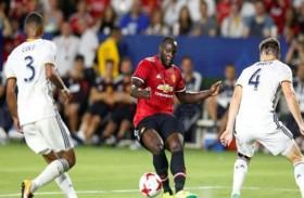 لوكاكو يتألق في ظهوره الأول مع يونايتد