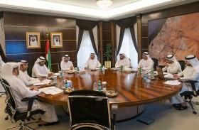 اللجنة العليا لانتخابات «استشاري الشارقة»  تناقش إجراءات ومراحل العملية الانتخابية