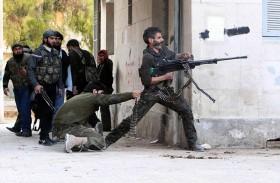 اشتباكات عنيفة بين داعش والنظام في دير الزور