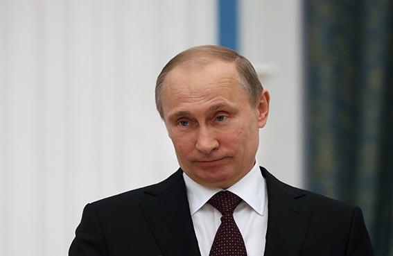 بوتين يمتنع عن الرد على العقوبات الأمريكية