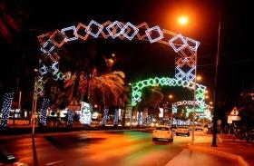 شوارع ودوّارات العين تتزين احتفالا بالعيد الوطني