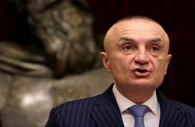 الرئيس الألباني يلغي الانتخابات